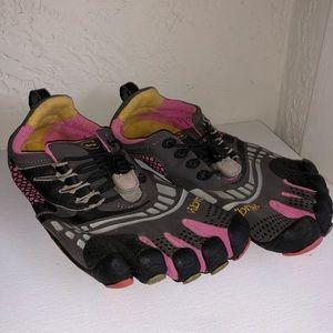 "Vibram ""five finger"" toe shoes"